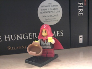 "Lego Minifigures Series 7 (8831) : Little red ridung Hood the ""Grandma Visitor"""