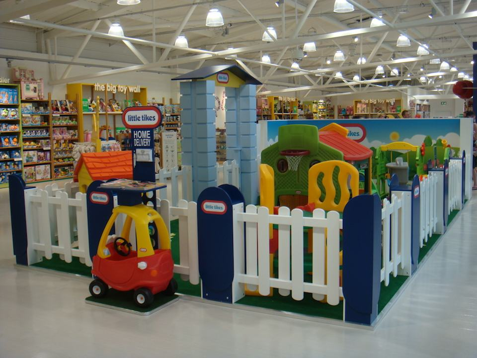 Little Tikes Village in the Early Learning Centre/Mothercare Edmonton.