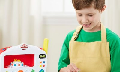 Play Doh Kitchen Creations Magical Oven Playset
