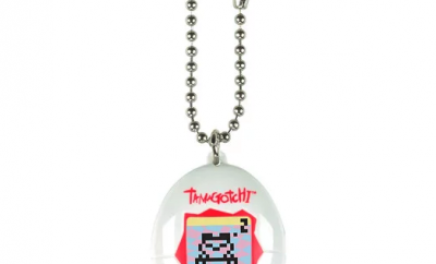 Tamagohchi White and Red by Bandai in 2018