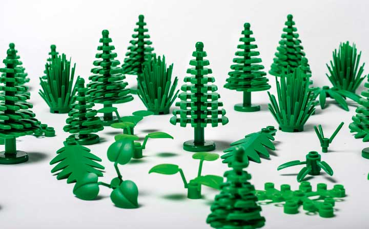 Lego's new plant-based plastic leaves, trees and bushes.