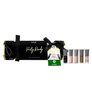 Picture of No7 Party Ready NAIL COLLECTION Gift Set